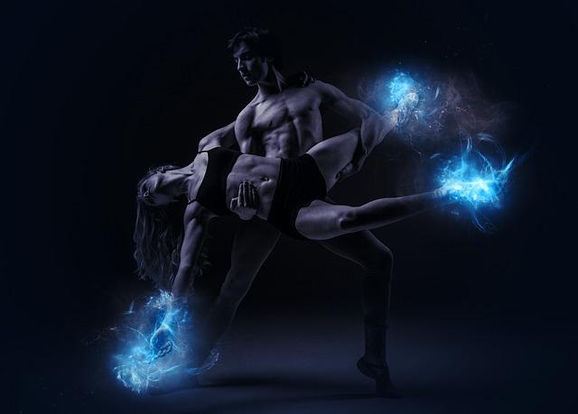 dancers-2602880_640